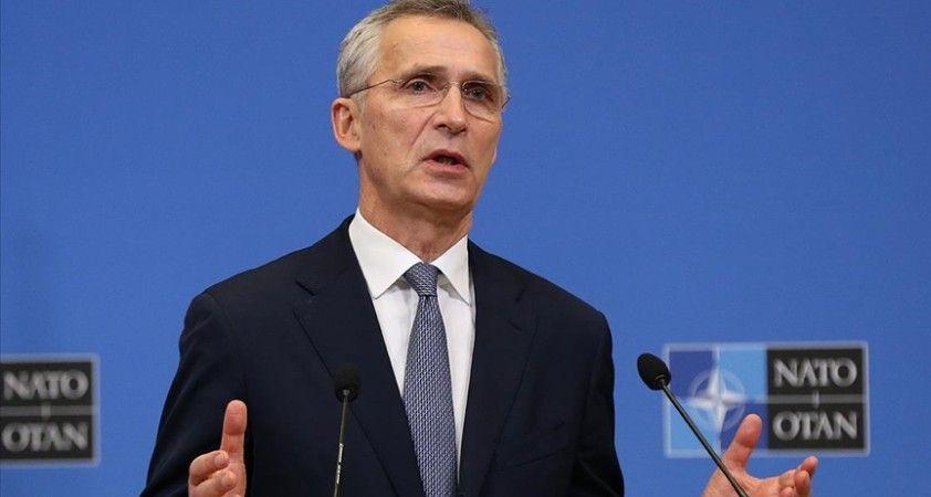 NATO Genel Sekreteri Stoltenberg Afganistan'daki 'öngöremedikleri ani çöküş' için Afgan liderliğini suçladı