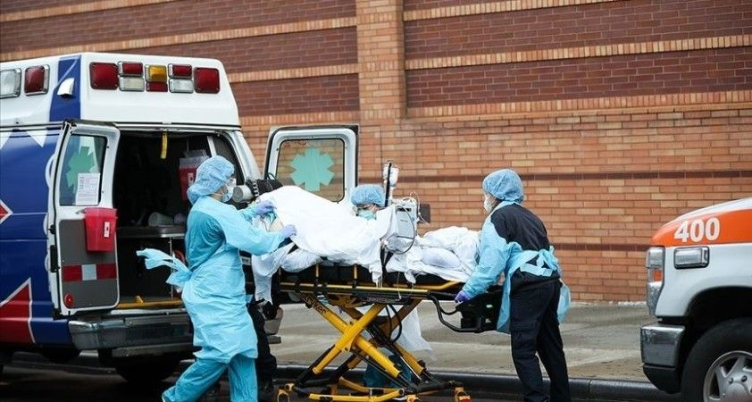 ABD'de Kovid-19'dan son 24 saatte 2 bin 416 kişi hayatını kaybetti