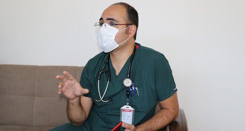 Koronavirüsü yenen iki doktordan kurallara uyulması çağrısı