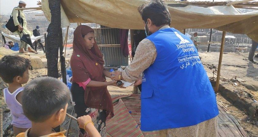 Deniz Feneri Bangladeş'te yanan mülteci kampında yardım çalışmalarına başladı
