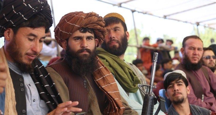 Pakistan Başbakanı Han, ABD'nin Taliban yönetimini er ya da geç tanıyacağını söyledi