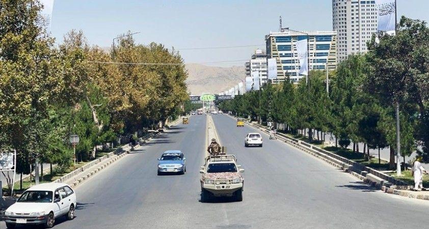 Afganistan'a büyük yatırımlar yapan Hindistan'ın Taliban ile ilişkilerinin geleceği tartışılıyor