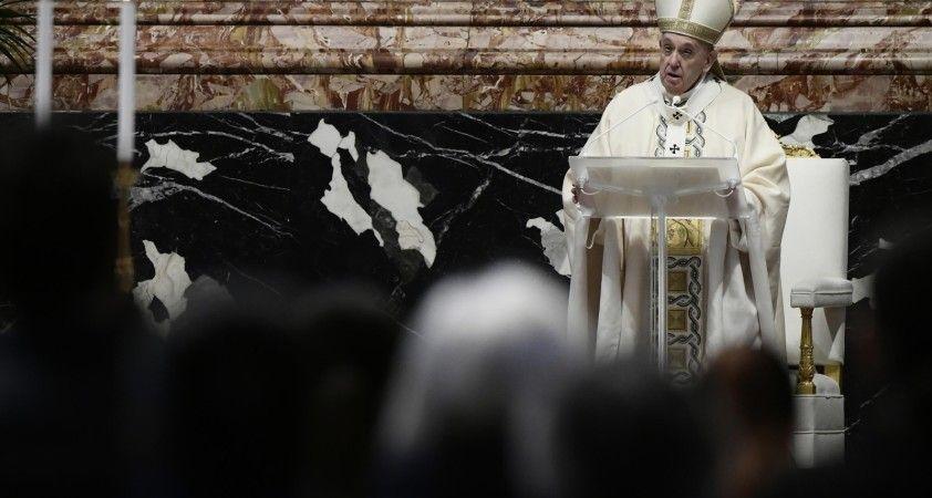 """Papa: """"Pandemide yaşanan yoksulluğa rağmen silahlara para yatırmak skandaldır"""""""
