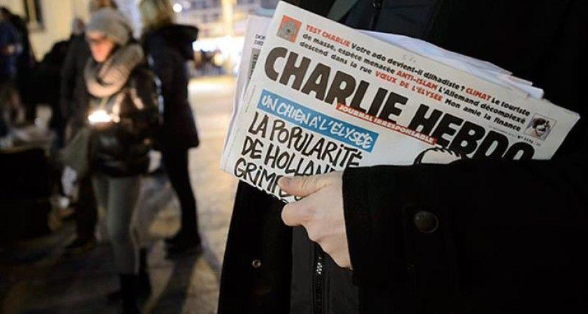 Charlie Hebdo'nun 2 çalışanının Instagram hesapları bir süre askıya alındı