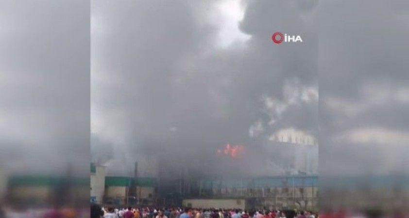 Bangladeş'te gıda fabrikasında yangın: En az 52 ölü