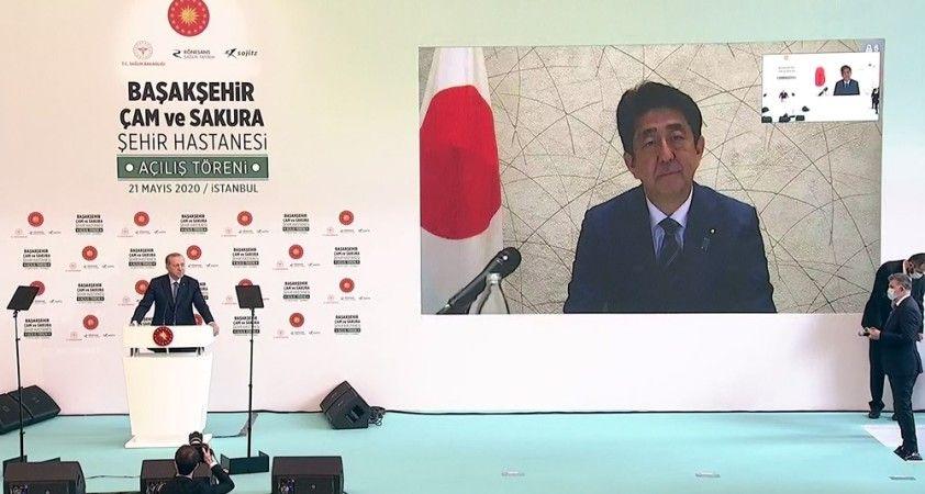 Japonya Başbakanı Abe: 'Geliştirdiğimiz ilacı Türkiye'ye bağışlıyoruz'