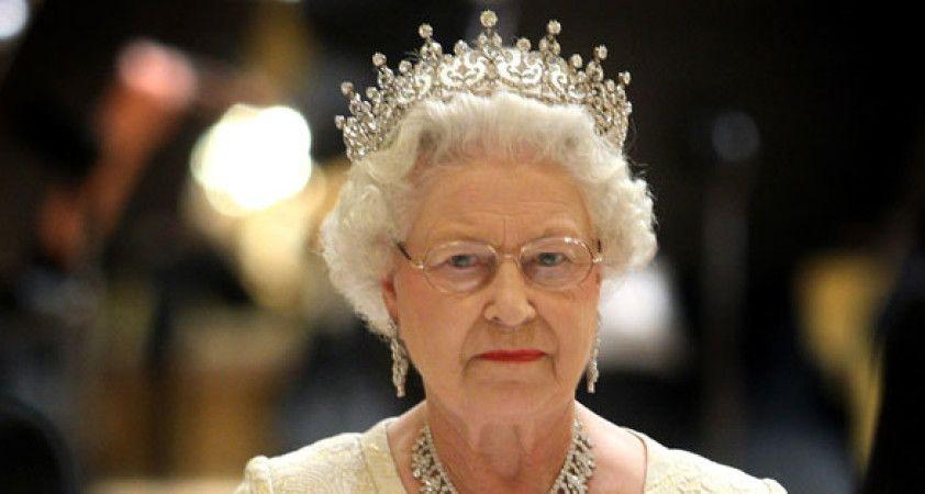 İngiliz basını Kraliçe Elizabeth'in tehlikede olduğunu duyurdu