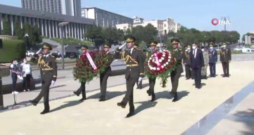Bakü'nün kurtuluşunun 102. yıl dönümü törenle kutlandı