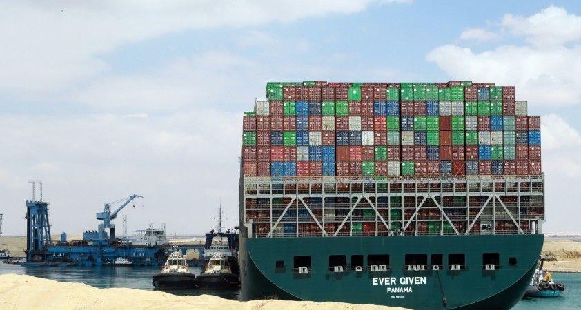 Süveyş Kanalını tıkayan Ever Given gemisi, 3 ayın ardından kanaldan ayrılıyor