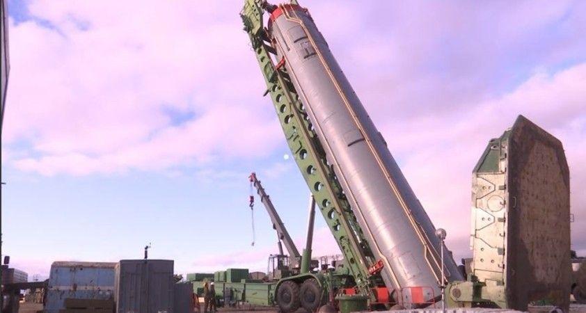 Rusya, Avangard balistik füzesini aktif hale getirdi
