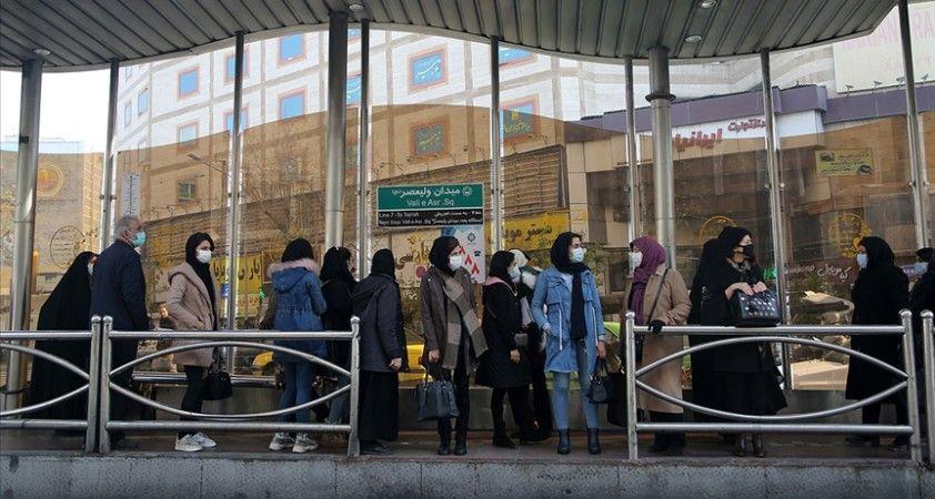 İran'da son 24 saatte Kovid-19'dan 103 kişi hayatını kaybetti