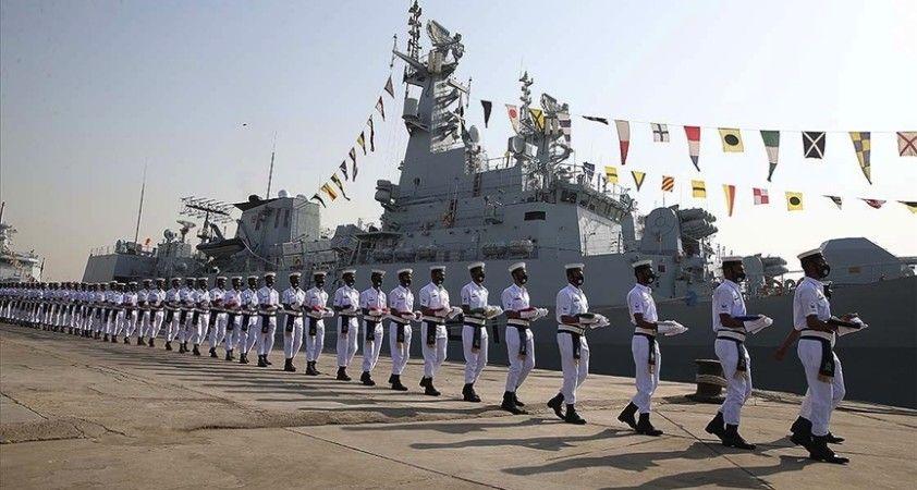 Pakistan'da NATO ülkeleri, Rusya ve Çin'in katılımıyla deniz tatbikatı başladı