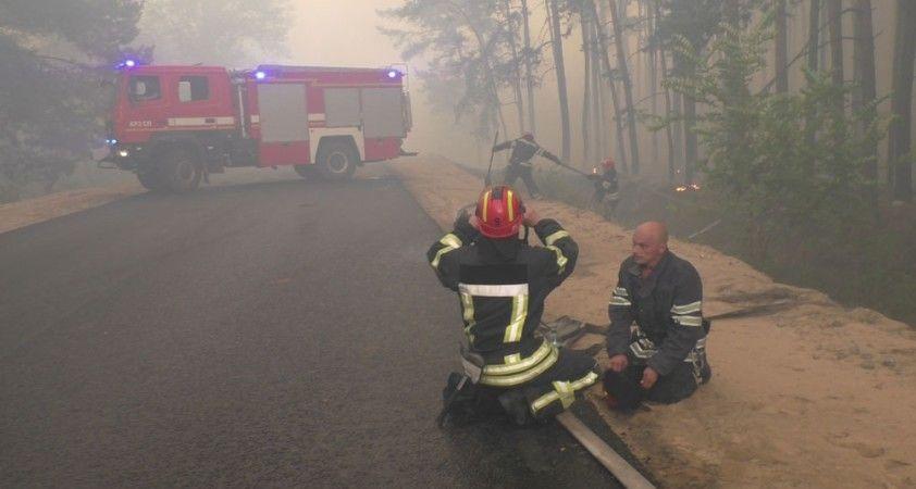 Ukrayna'da yangını söndürme çalışmaları sürüyor