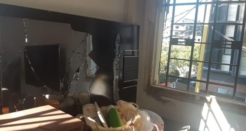 Lübnan'daki patlama sonrası halk faciadan kalan izleri silmeye çalışıyor