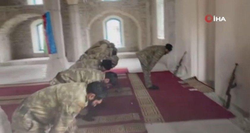 Şuşa'da 28 yıl sonra ilk cuma namazı kılındı
