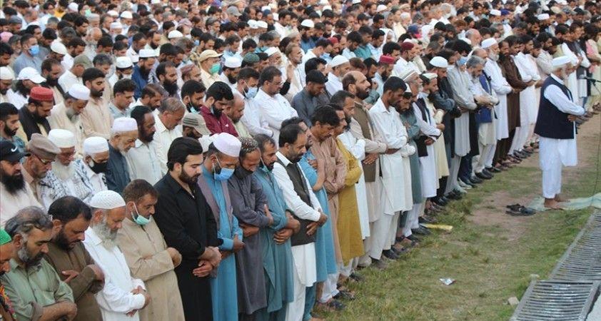 Pakistan'da Keşmirli lider Geylani için gıyabi cenaze namazı kılındı