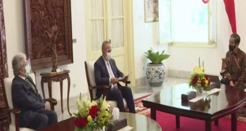 Bakan Çavuşoğlu, Endonezya Cumhurbaşkanı Widodo tarafından kabul edildi