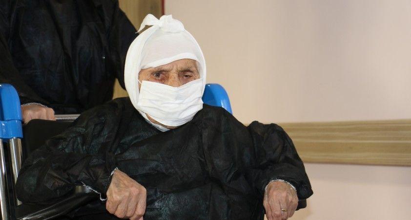 104 yaşındaki koronavirüs hastası taburcu oldu