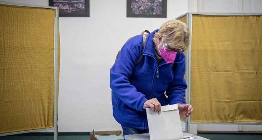Çekya'da genel seçimleri muhalefet ittifakı kazandı