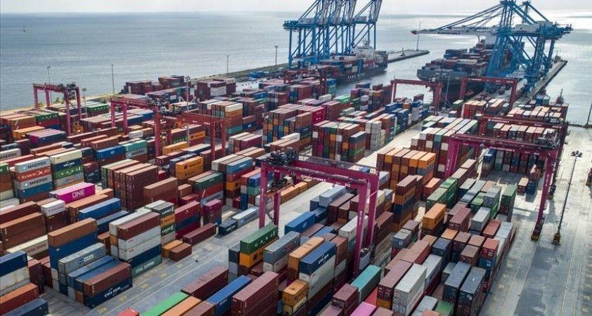 Dış ticaret açığı, şubatta 3,3 milyar dolar