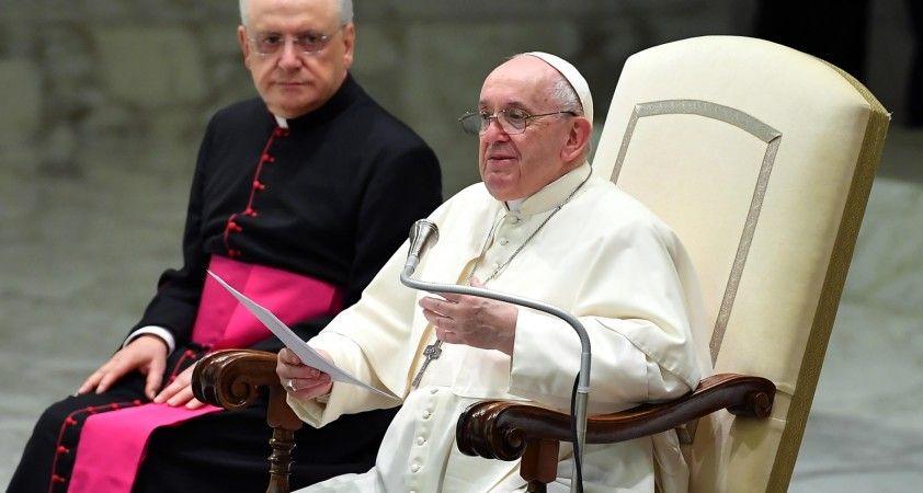 """Papa'dan pedofili skandalı için """"Utanç duyuyorum"""" açıklaması"""