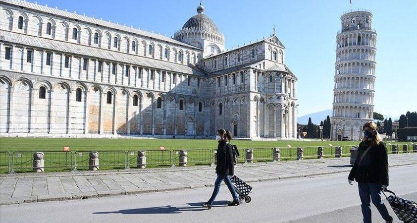 İtalya'da Kovid-19 vakaları yeniden 1000'in üzerine çıktı