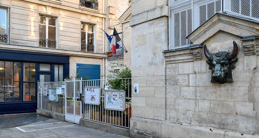Fransa'da Kovid-19'dan hayatını kaybedenlerin sayısı 83 arttı