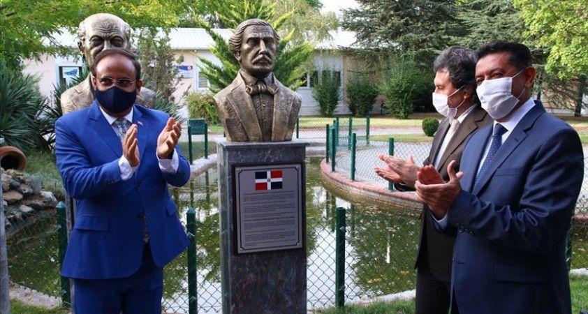 Dominik Cumhuriyeti'nin kurucusu Diez'in büstünün açılışı başkentte yapıldı