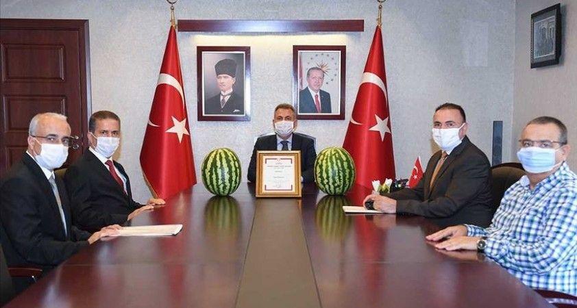 Adana karpuzu coğrafi işaret tescil belgesi aldı