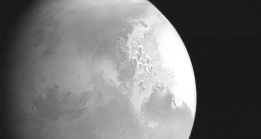Çin'in Mars keşif uydusu Dünya'ya ilk görüntüsünü yolladı