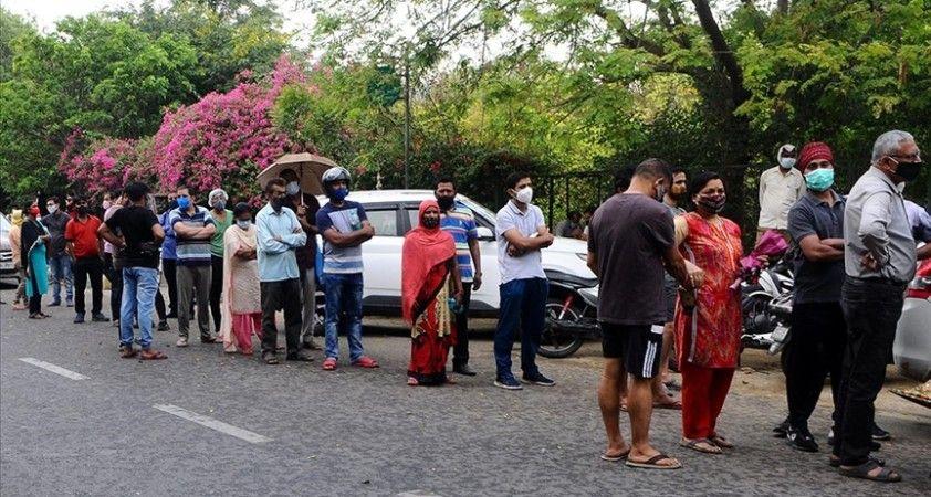 Kovid-19'un vurduğu Hindistan'da mart ayında en az 7 milyon kişi daha işsiz kaldı