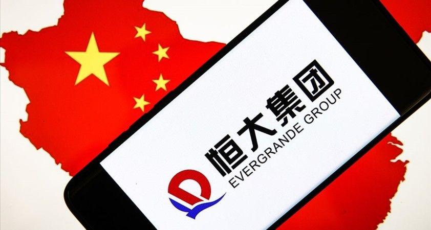 Çinli emlak şirketi Evergrande'nin hisseleri Hong Kong borsasında işleme kapatıldı