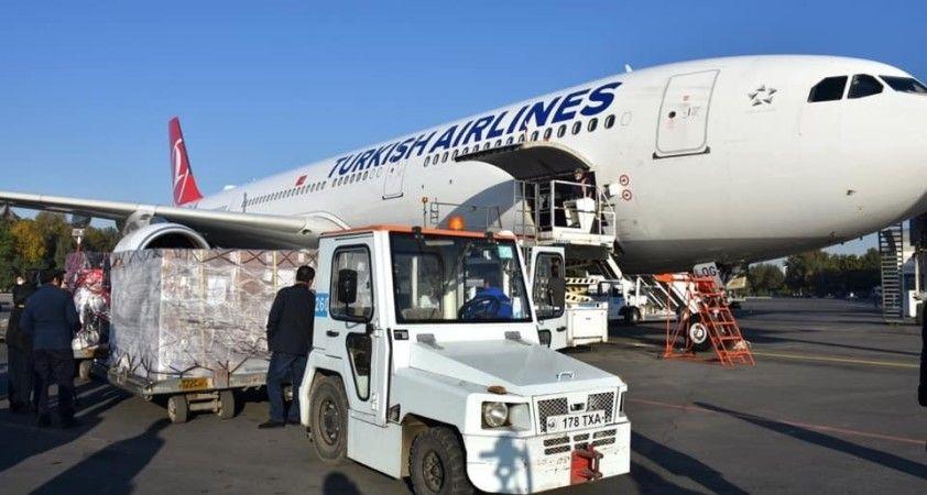 Türkiye'nin gönderdiği aşı ve ilaçlar Özbekistan'a ulaştı