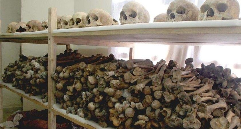Fransa Ruanda soykırımında suç ortağı olmakla suçlanıyor