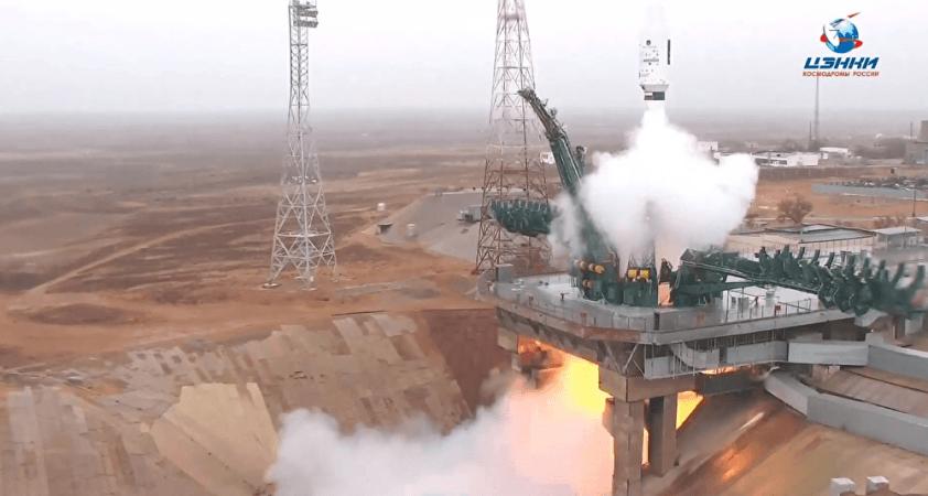 Rusya, 18 ülke için uzaya 38 uydu fırlattı