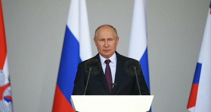 Putin: Rusya, Afganistan'daki silahlı çatışmaya müdahil olmayacak