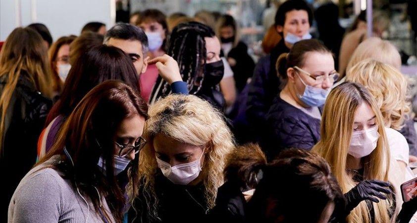 Dünya genelinde Kovid-19 tespit edilen kişi sayısı 54 milyon 832 bini geçti