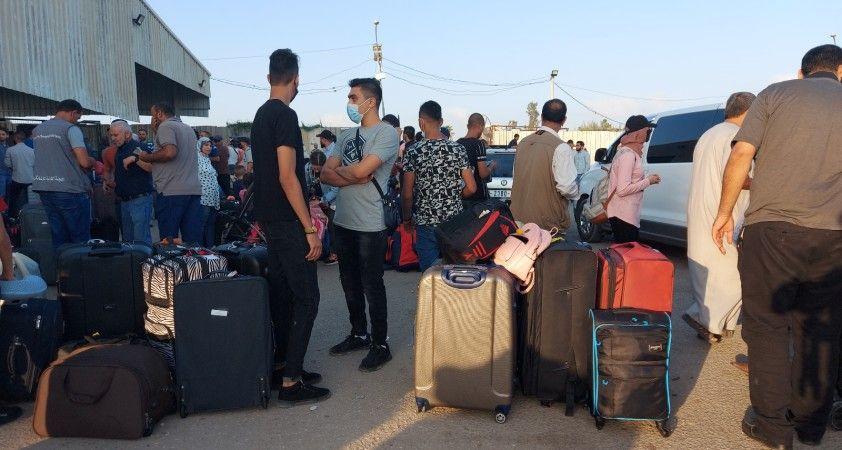 Mısır, Refah Sınır Kapısı'nı çift yönlü geçişlere yeniden açtı