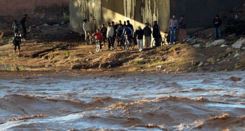 Fas'ta şiddetli yağış sonrası bina çöktü: 3 ölü