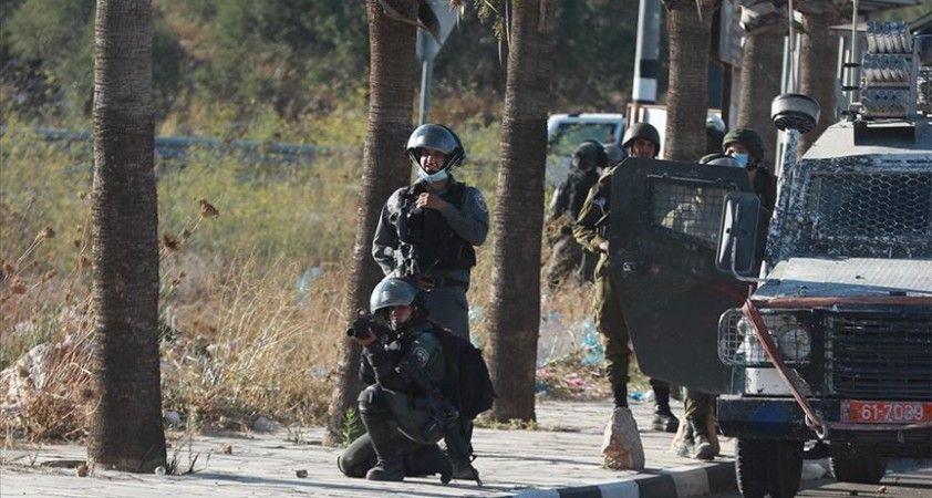 İsrail güçleri Batı Şeria'da biri çocuk 4 Filistinliyi yaraladı