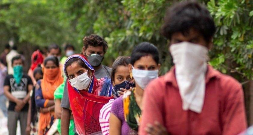 Hindistan'da bir günde 78 bini aşkın yeni koronavirüs vakası tespit edildi