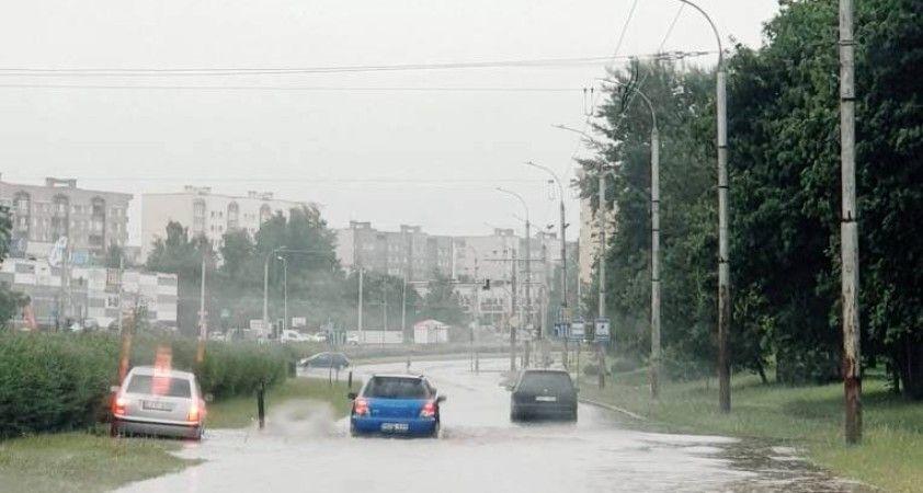 Litvanya'nın başkenti Vilnius'ta sağanak yağışlar sele neden oldu