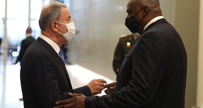 Milli Savunma Bakanı Akar, ABD Savunma Bakanı Austin ile görüştü