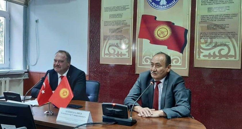 Türkiye'den Kırgızistan'a 150 bin doz Covid-19 aşı desteği