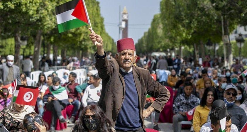 Tunuslular, Toprak Günü münasebetiyle Filistin'e desteğini gösterdi