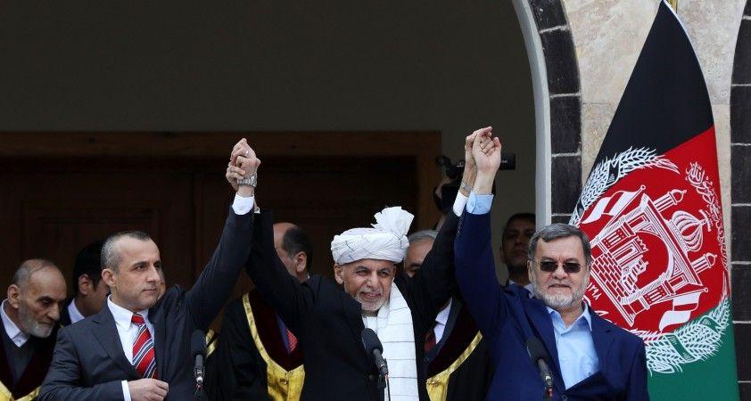 Gani'nin yardımcısı kendisini Afganistan'ın geçici cumhurbaşkanı ilan etti