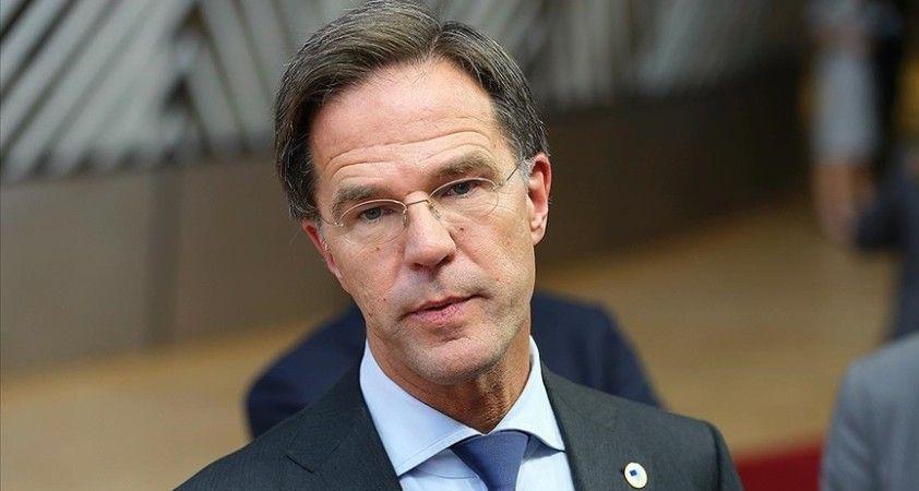 Hollanda Başbakanı Rutte: Türkiye Suriyelilere ev sahipliği yapıyor, Afganlar için bölgede başka ülkeler de var