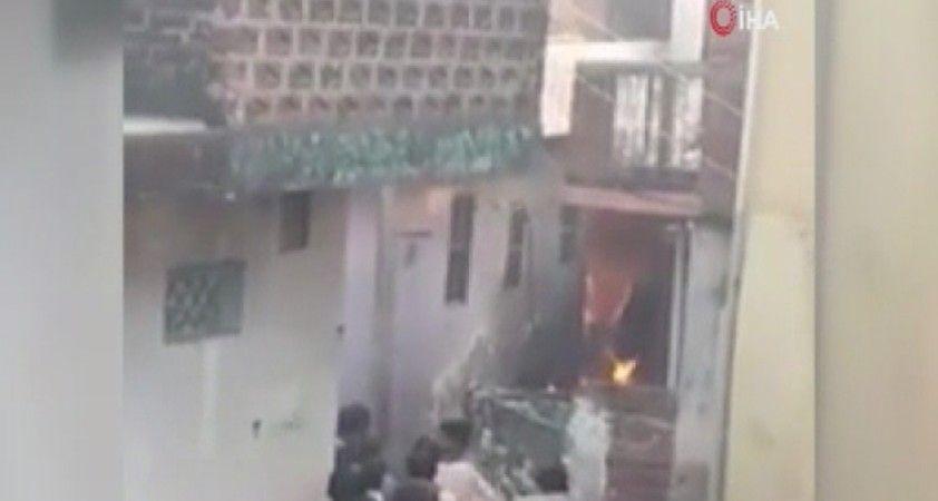 Hindistan'da havai fişek fabrikasında patlama: 3 ölü