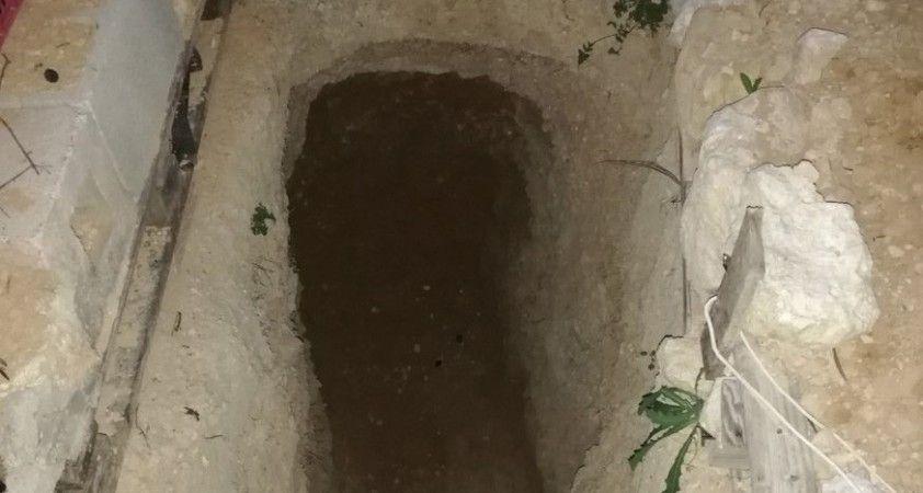 Ailesine kızan genç 6 yıl boyunca yeraltında kendine ev kazdı