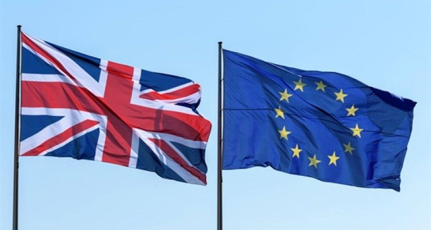 AB ve İngiltere Brexit sonrası ticari ilişkileri belirleyecek anlaşma müzakerelerinde uzlaşı sağladı